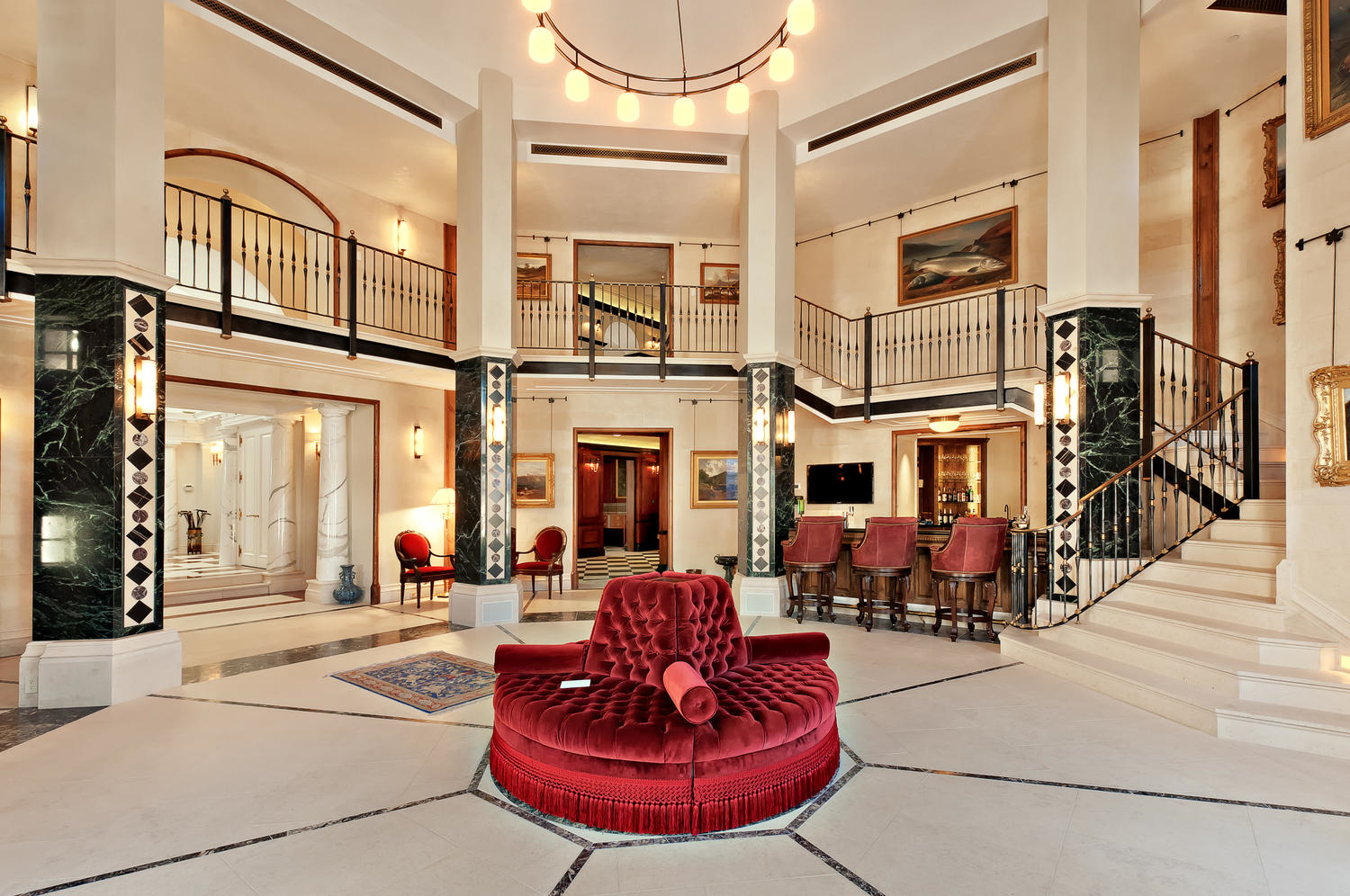 Inside pictures of mansions ANZ scandal: Inside the mansions owned by bankers and