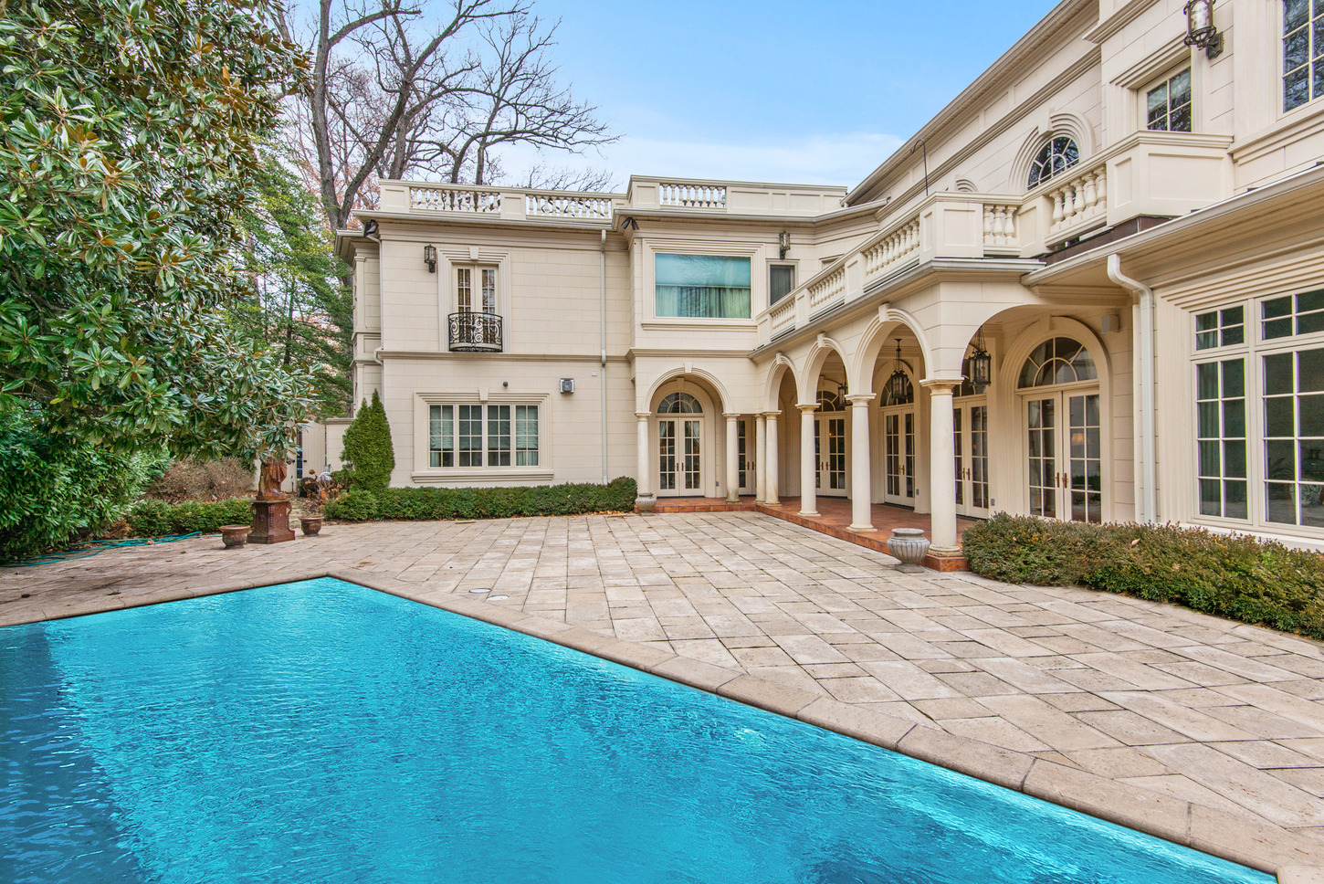 Magnificent one of a kind estate for Luxury real estate dc