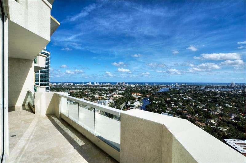 411 N New River Drive #38C view