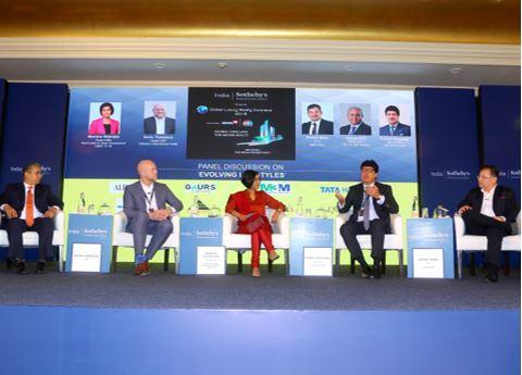 L-R: Sanjay Dutt (MD & CEO, Tata Housing & TRIL), Kevin Thompson (Global CMO, Sotheby's International Realty), Manisha Natarajan (Group Editor, Real Estate & Urban Development, CNBC TV 18), Puneet Chhatwal (MD & CEO, Taj Hotels Group),  Ashish Sarin (CEO, Alpha Corp)