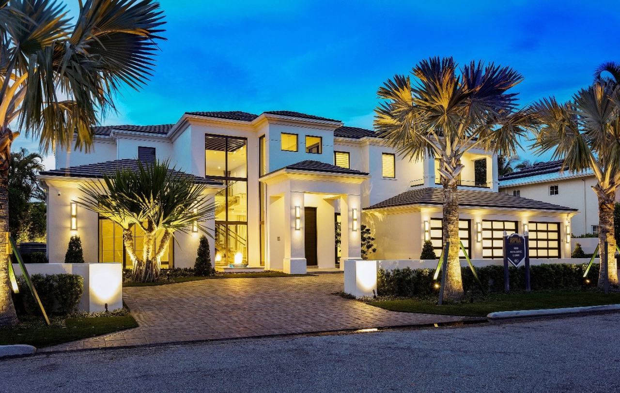 271 Coconut Palm Road in Royal Palm Yacht & Country