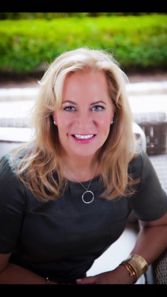 Debra Johnson of Berkshire Hathaway HomeServices Luxury Collection in Buckhead
