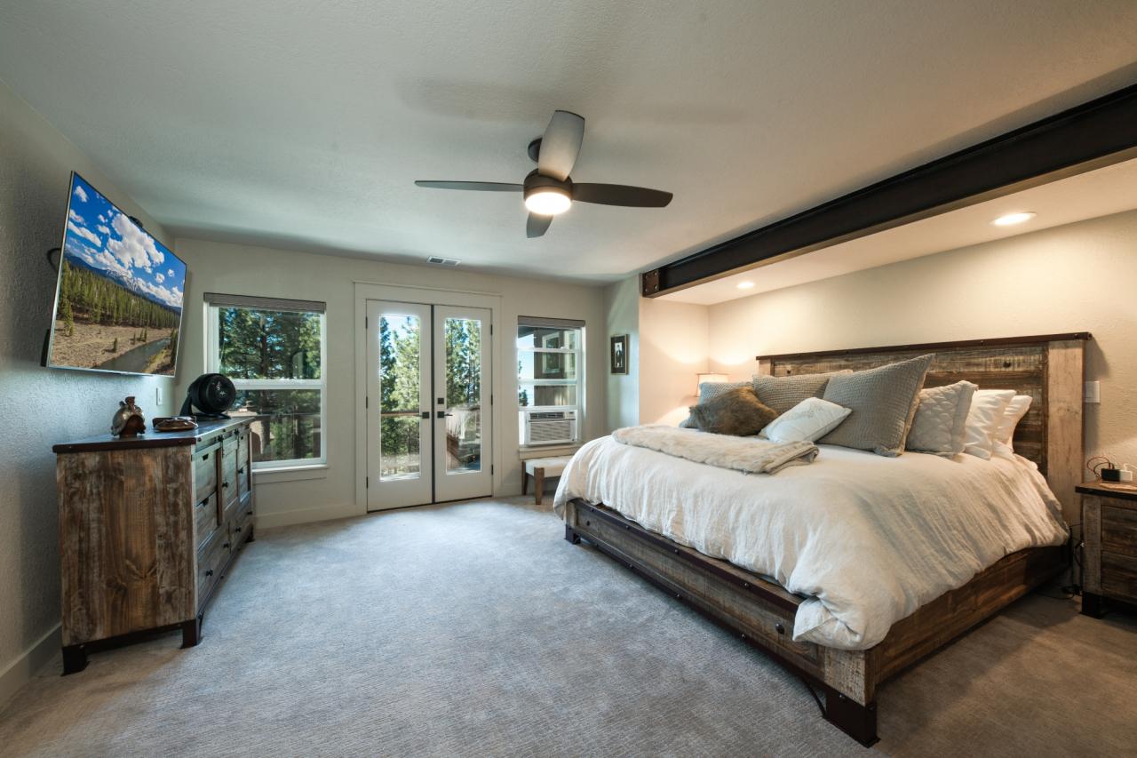 676 Tyner Way - Master Bedroom