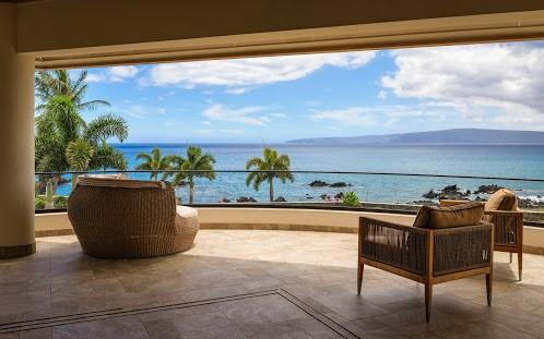 Travis Rowan, Living Maui Media