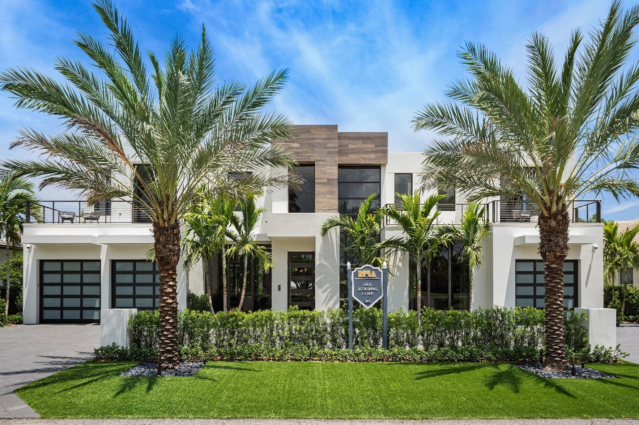 1440 Thatch Palm Drive, in Royal Palm Yacht & Country Club