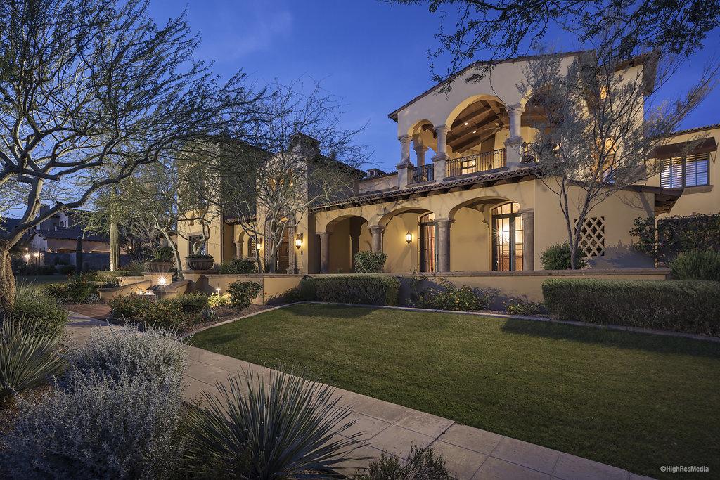 19625 N 103rd Street – 2102, Scottsdale, AZ