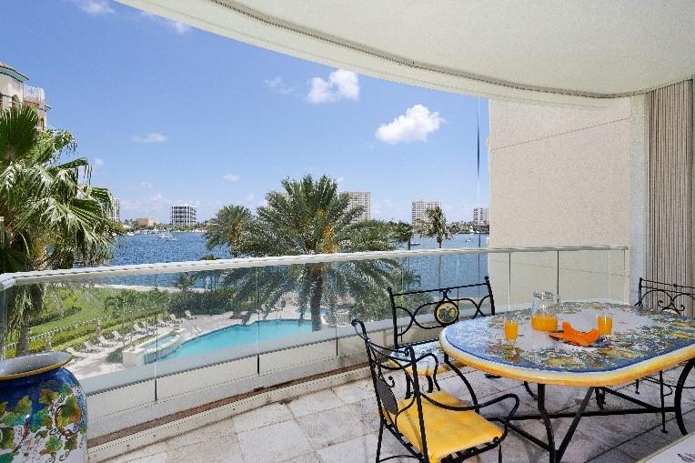Mizner Grand Condominium - Balcony