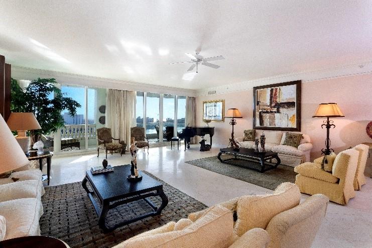 Mizner Grand Condominium