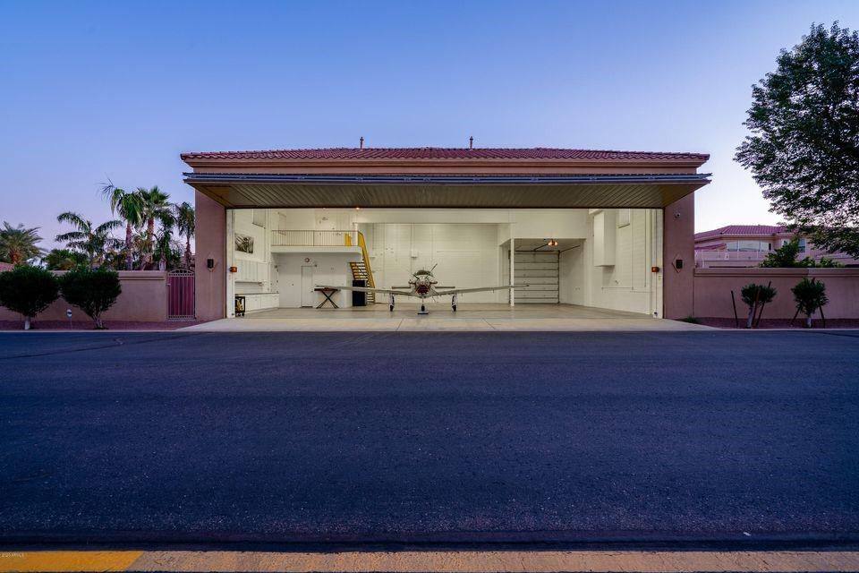 4300 W Earhart Way, Chandler, AZ