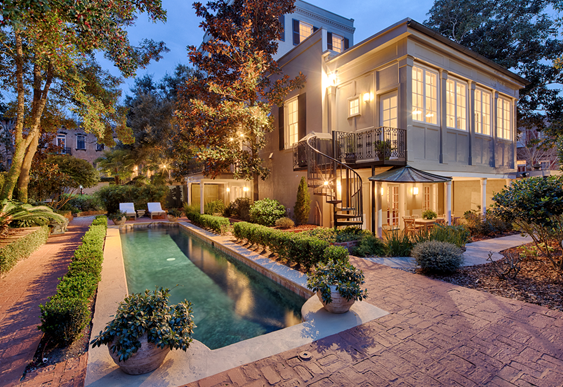 Staci Donegan, associate broker at Seabolt Real Estate, recently sold the iconic Israel Dasher House at 124 West Gaston Street in Savannah, GA for $3.05 million.