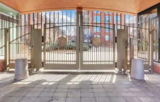 Northcreek estate sold by Dawn Raymond for $2,350,000