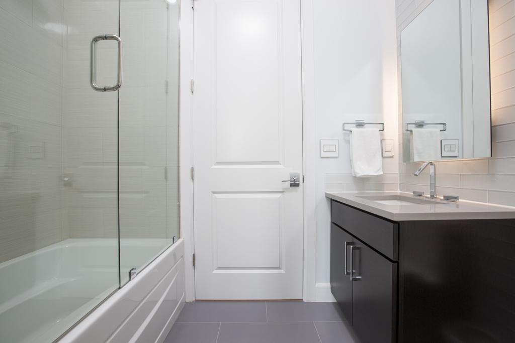 "<span class=""caption-true"">3rd Bathroom</span>"