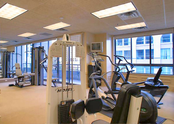 "<span class=""caption-true"">Common Area - 2 separate Fitness Centers</span>"