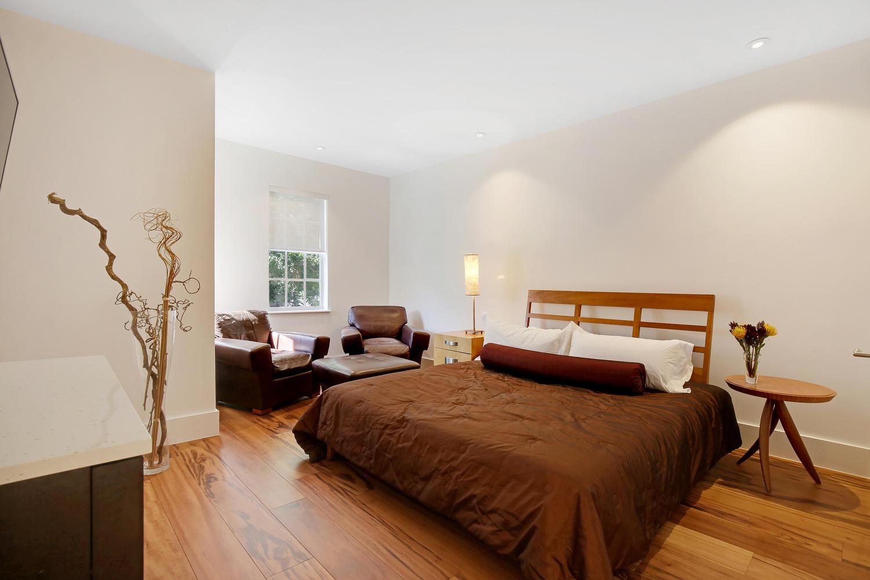 "<span class=""caption-true"">Guest Bedroom 1</span>"