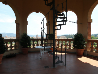 Flamboyant Top-floor Apartment with Tower in Bellosguardo, Florence