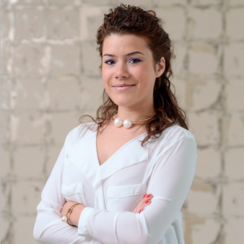 Carla Emmanuelle De Brito