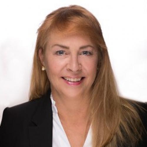 Janna O'Loughlin
