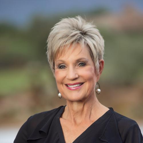 Kathleen Benoit